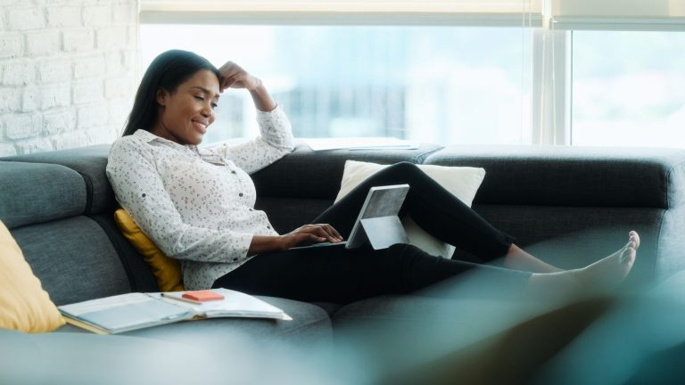 Work From Home Day: 8 ideas for women to earn from home