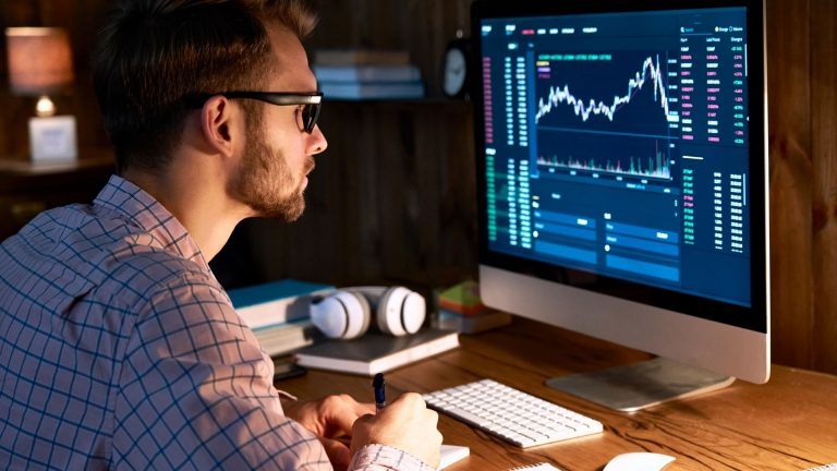 Index funds: Benefits of investing in a diversified portfolio