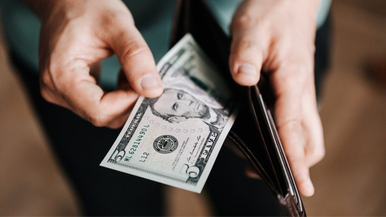 What can you do with $5? Start small, invest and end up rich