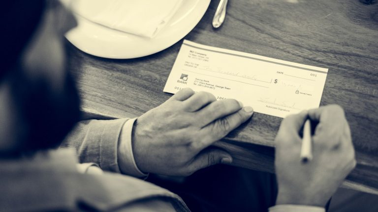 How to cancel a lost or stolen check