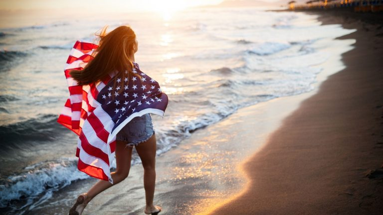 Fourth of July: 7 DIY outfits that won't cost you a fortune