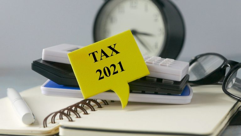 Tax deductions v/s tax credits: What is best for you?
