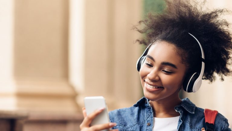 Streamline: Why you should listen to personal finance podcasts